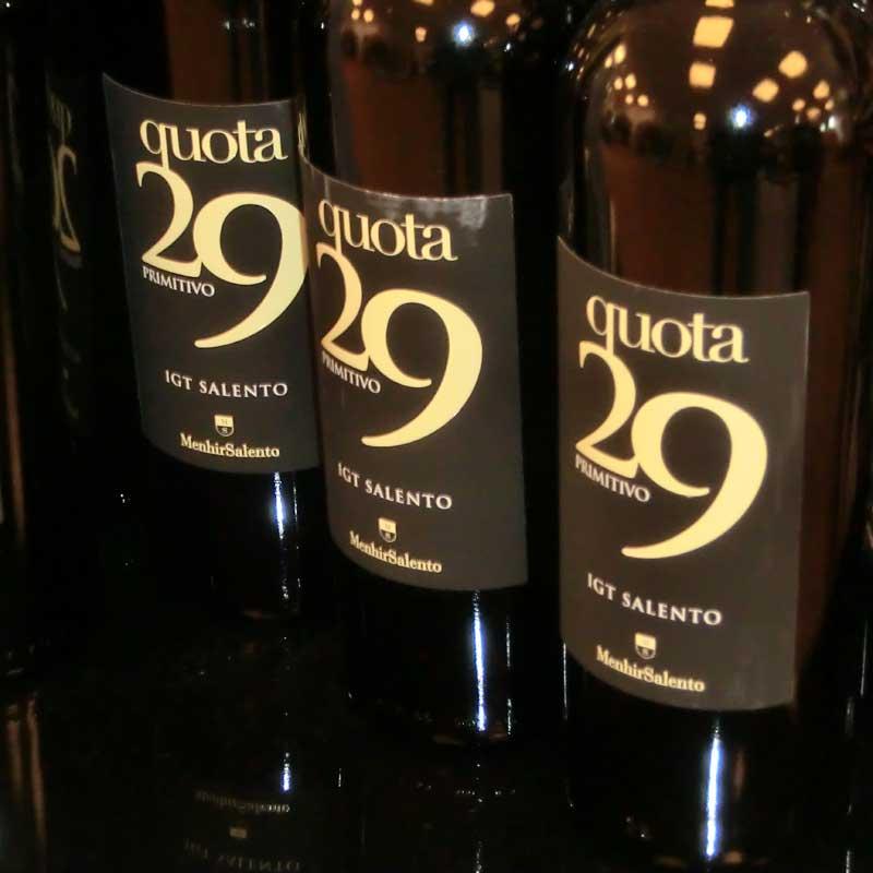 Rotwein quota 29 von Cantine Menhir Salento